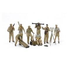1/35 German Africa Corps Luftwaffe Artillery Crew