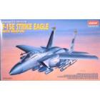 1/48 F-15E Strike Eagle with Weapons
