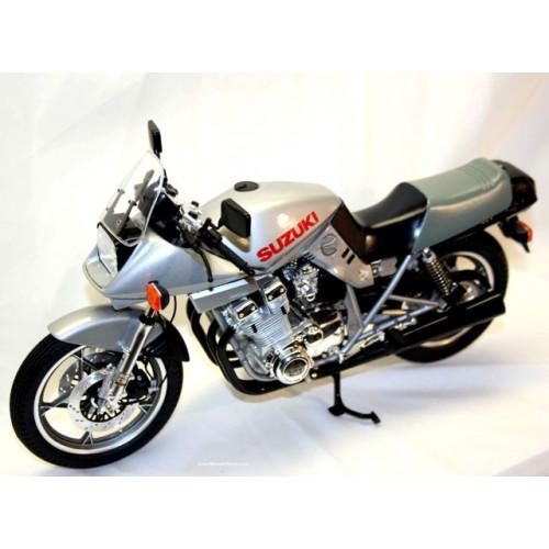Honda Cx500 Turbo Review: 1/12 Suzuki GSX1100S Katana